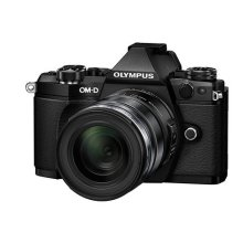 Olympus OM-D E-M5 Mark II Camera - Black (16.1 MP, M.Zuiko 12 - 50 mm Lens)