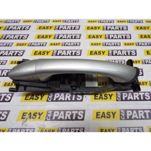 MERCEDES CLC180 PASSENGER SIDE FRONT EXTERIOR DOOR HANDLE