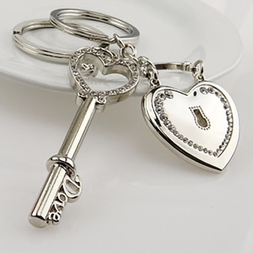Vintage Style Love Heart Shaped Lock And Key Couple Keyring