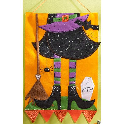 "Bucilla Felt Wall Hanging Applique Kit 15""X22.5""-Witch"